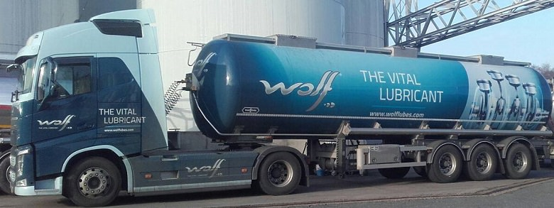 camion cisterna della Wolf Oil Corporation