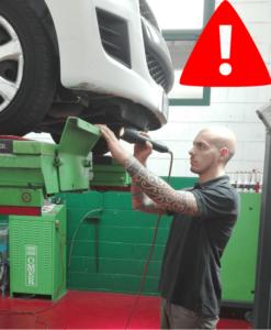 targa alert revisione auto